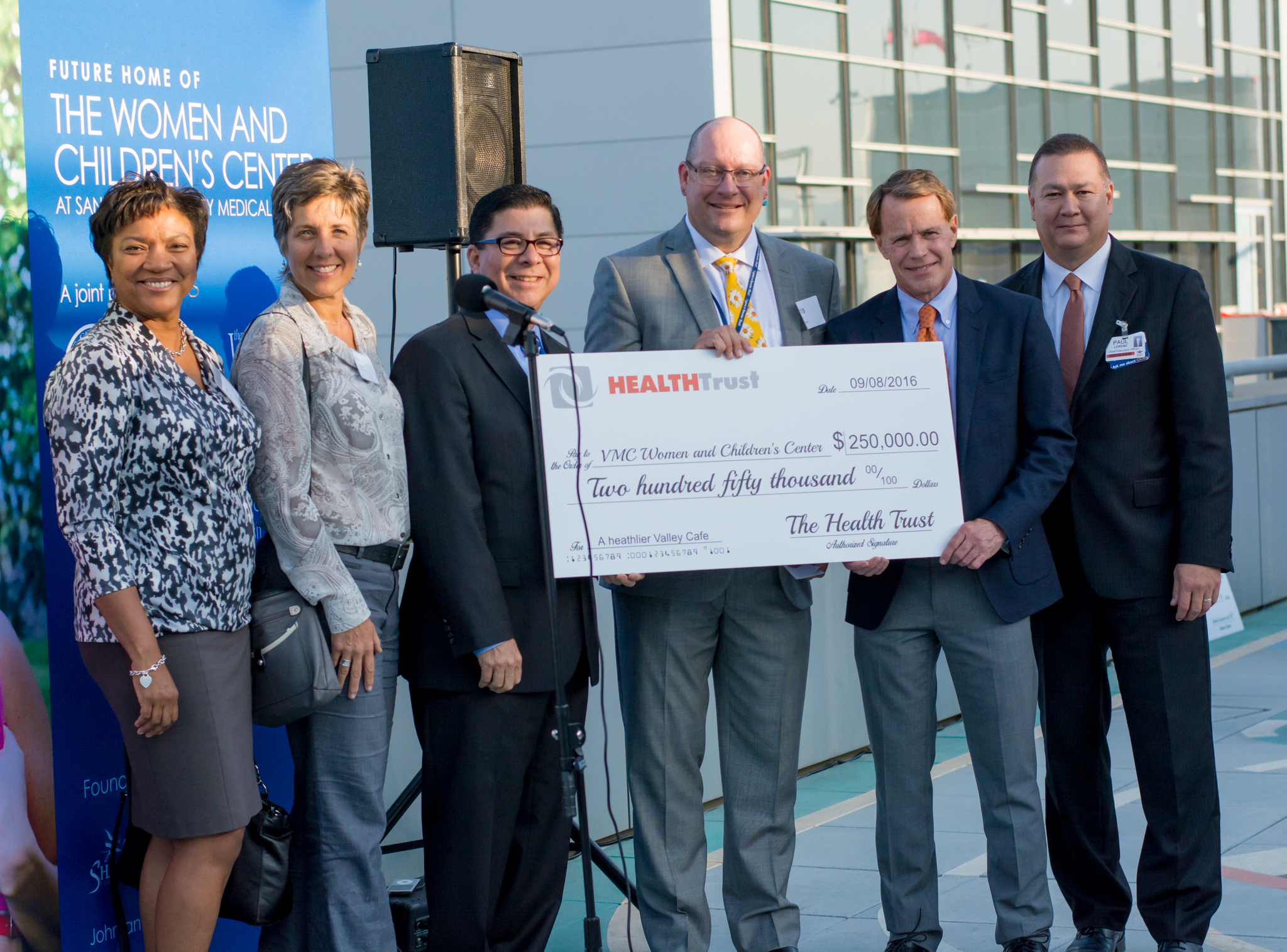 Health Trust makes $250,000 gift to transform VMC café